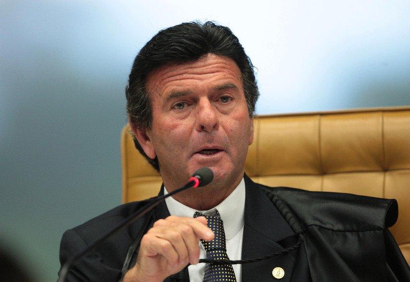Luiz Fux é eleito sucessor de Gilmar Mendes na presidência do TSE