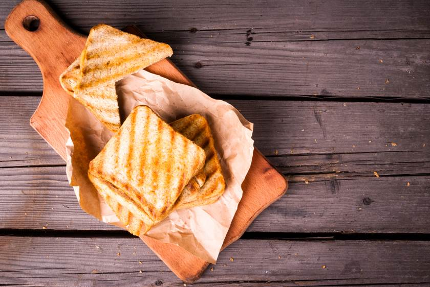 Crispy hot sandwiches with cheese