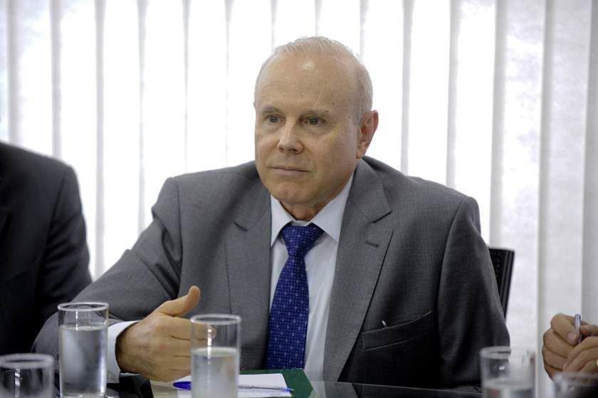 Guido Mantega e outras 13 pessoas foram denunciadas pelo MPF