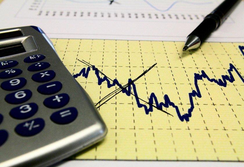 Conta de luz e gás de botijão puxam inflação de outubro — IBGE