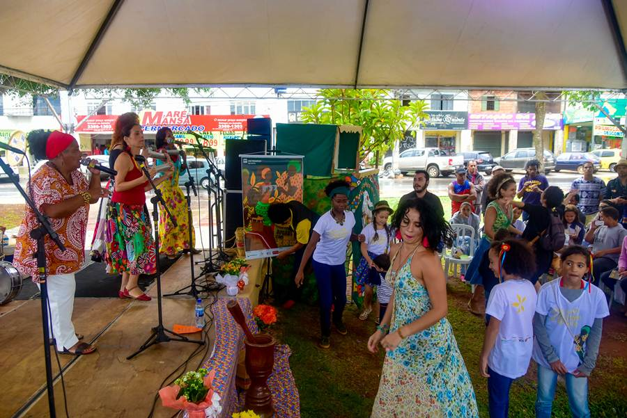 Brasília (DF), 09/11/2017 Martinha do Coco Local: Praça do Par