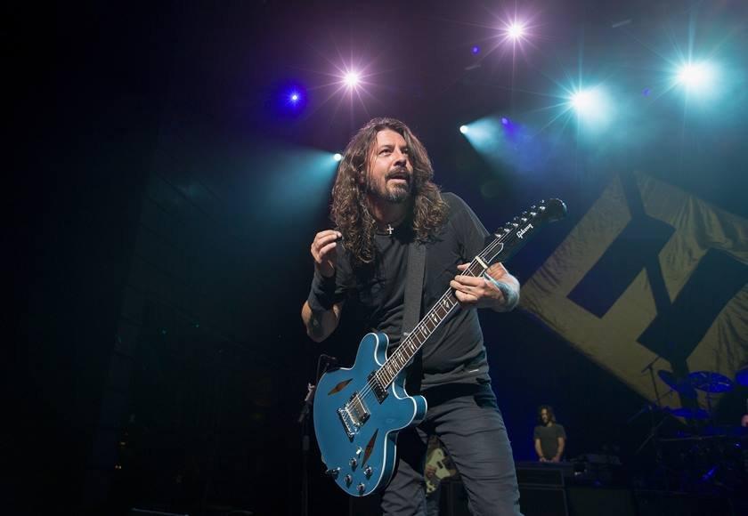 Dave Grohl, vocalista do Foo Fighters, em show
