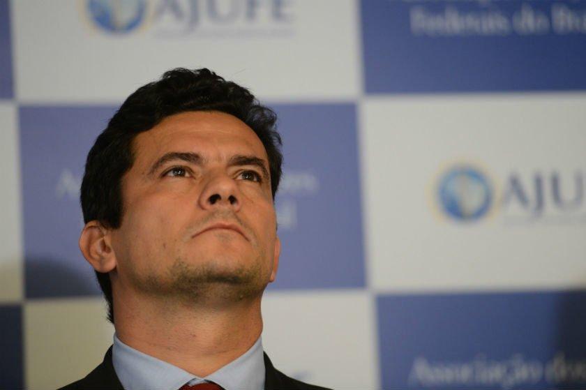 Moro é vaiado durante congresso de procuradores municipais em Curitiba