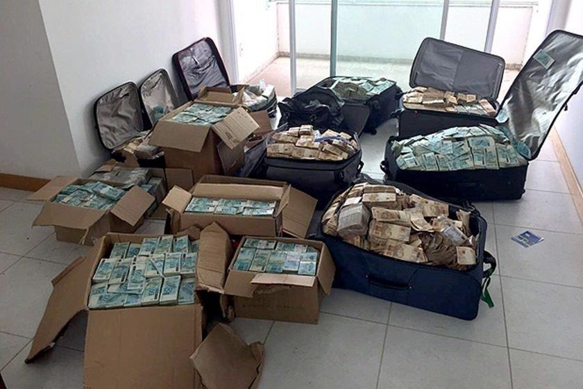 Extratos bancários comprovam repasses a Geddel, Lúcio e familiares, diz site