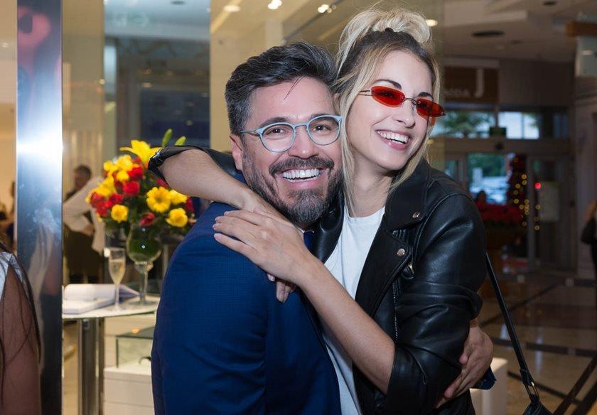 Ao lado de famosos, Voriques Oliveira lança ótica Zeiss no Rio a24dc683ca
