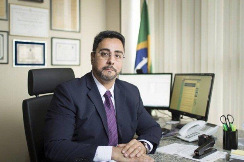 Questão deve ser discutida em Brasília, diz Bretas, sobre auxílio-moradia