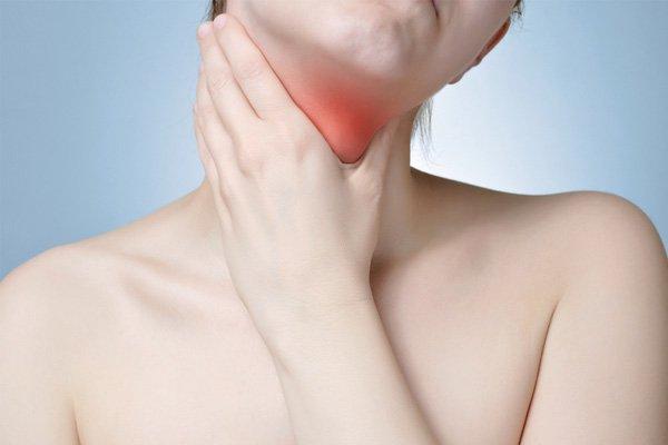 Resultado de imagem para tireoide podem aparecer em todas as idades