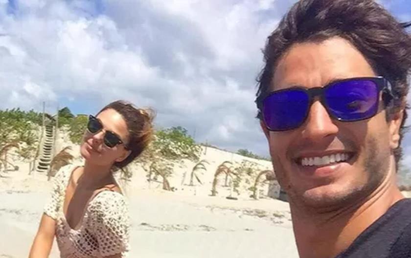 Ísis Valverde termina namoro de quase dois anos com modelo