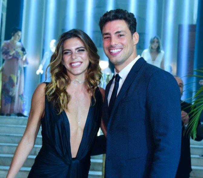 Mariana Goldfarb volta a morar com Cauã Reymond