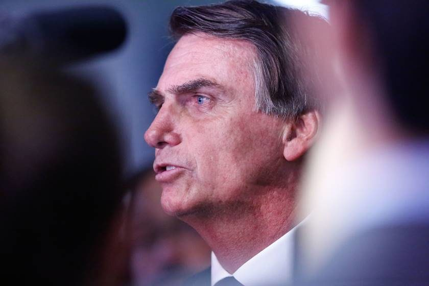 Bolsonaro usava auxílio-moradia para bancar 'Bolsa Motel'