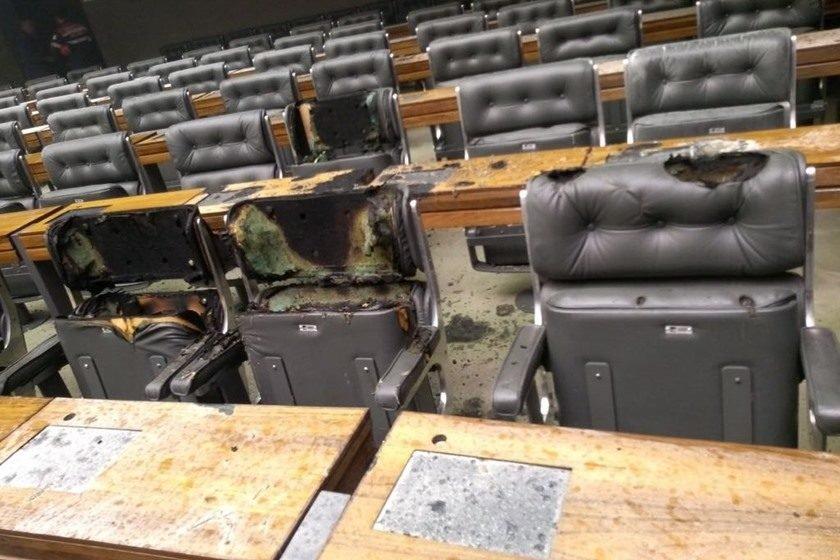 Câmara dos Deputados em Brasília tem princípio de incêndio