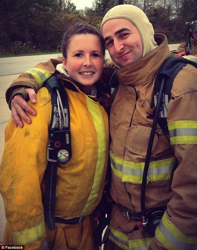 48F28FB200000578-5358247-Schaffen_and_Sarah_who_are_both_volunteer_firefighters_have_been-m-60_1517968450275
