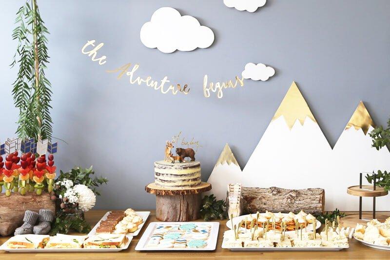 Celebrations_Showers_RenatasBabyShower_12.bella-fiore-festas-infantis-tema-tendencia-2018-decoracao-lhama-cactos-deserto-frutas