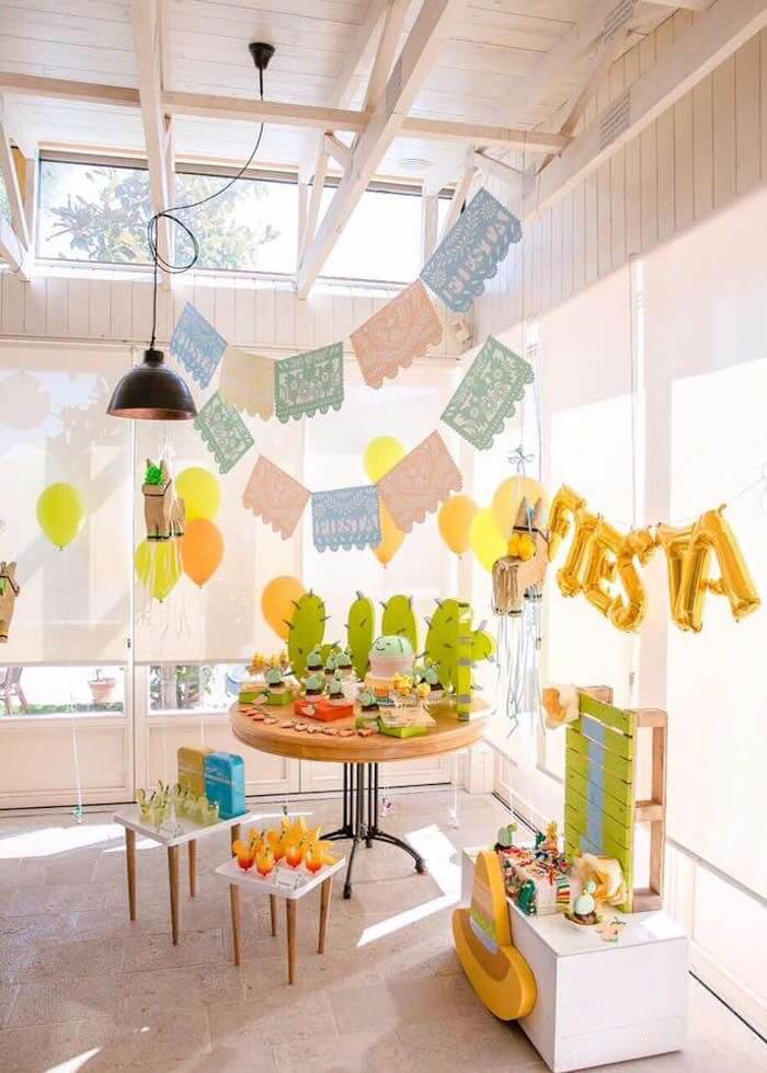 IMG_4227.bella-fiore-festas-infantis-tema-tendencia-2018-decoracao-lhama-cactos-deserto-frutas