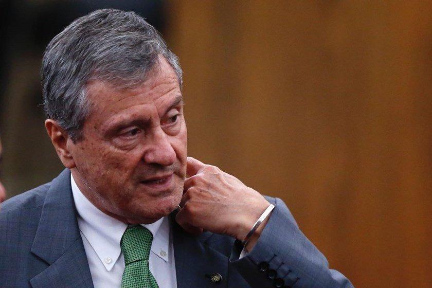 Barroso ordena investigação de vazamento de informação de processo de Temer