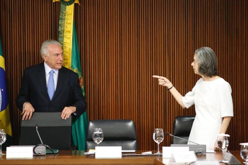 Cármen Lucia assumirá a Presidência da República na próxima sexta