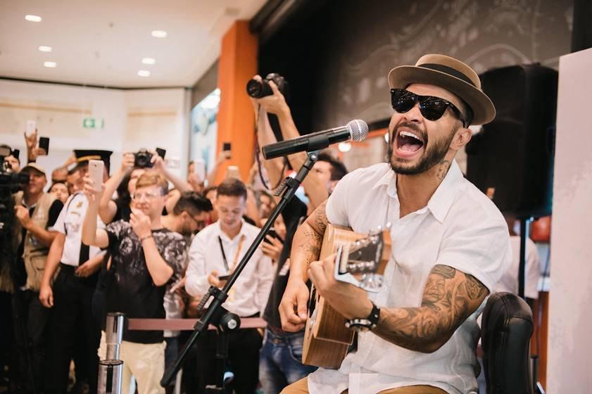 Brasília (DF), 03/03/2018 Thiago Brava canta em pedido de casam
