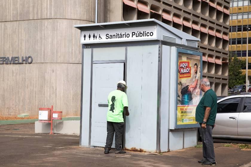 Banheiros Públicos 7
