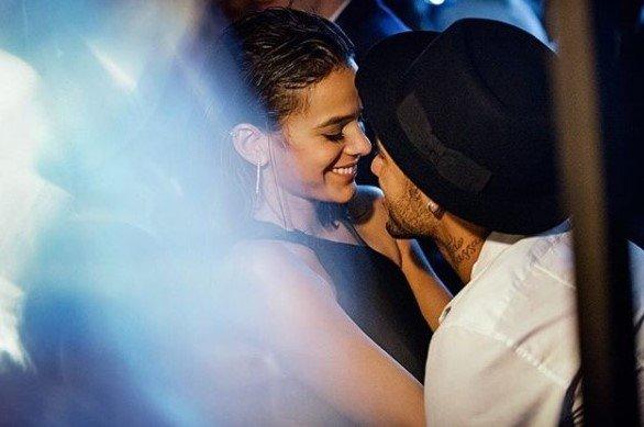 Veja: Neymar homenageia os amores de sua vida no 'Dia da Mulher