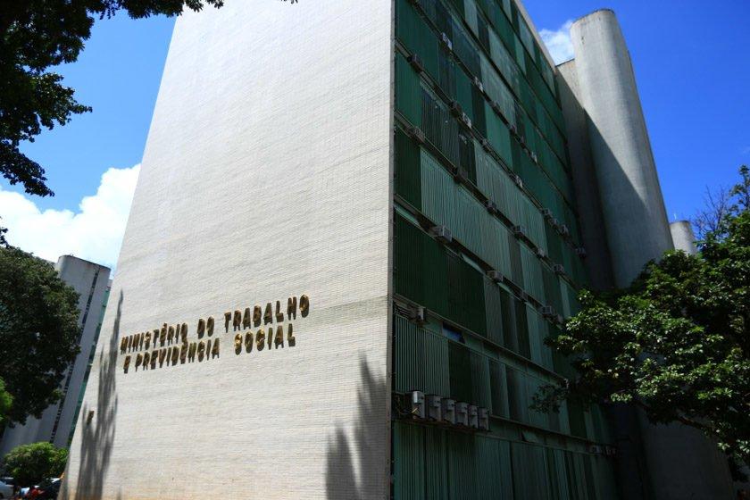 Roberto Jefferson pede exoneração de jovem indicado pelo PTB para o Trabalho