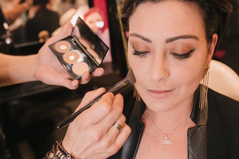 Brasília (DF), 08/03/2018 Conversa com o maquiador Sadi Consati sobre dicas e truques de beleza  Local: O Boticário Taguatinga Shopping Foto: Bruno Pimentel/Metrópoles
