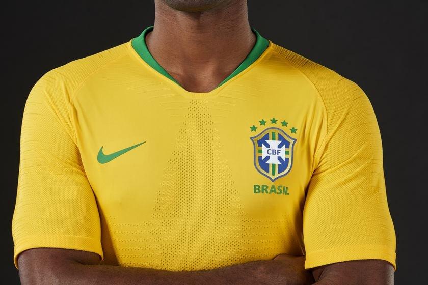 17434ab42f CBF divulga novas camisas da Seleção inspiradas na Copa de 1970
