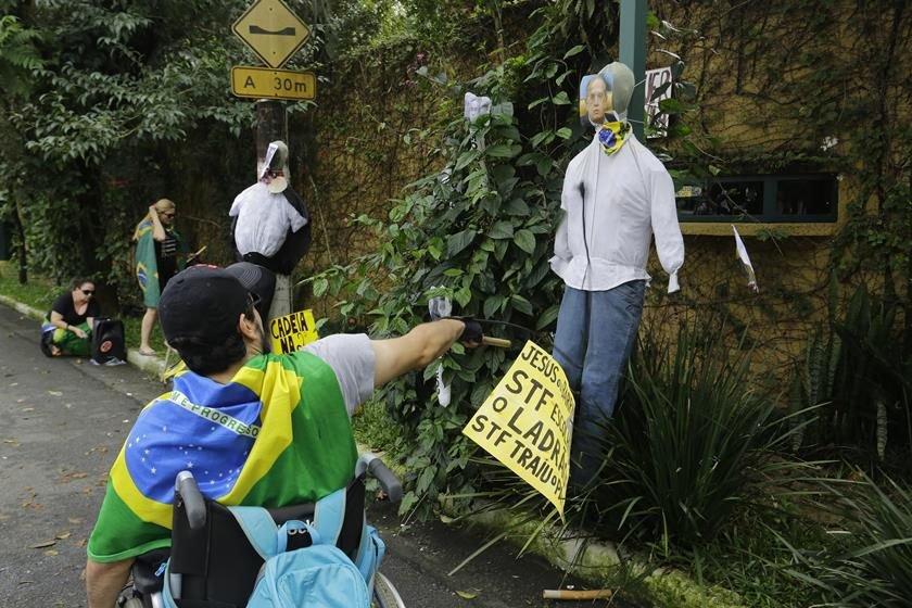 Fundador do PSDB dá parecer pró-Lula
