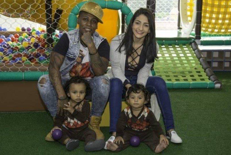 Pepê e filhos
