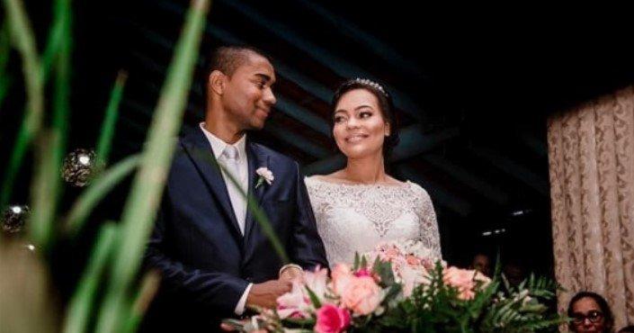 Homem morre em acidente de carro na Bahia um dia após se casar