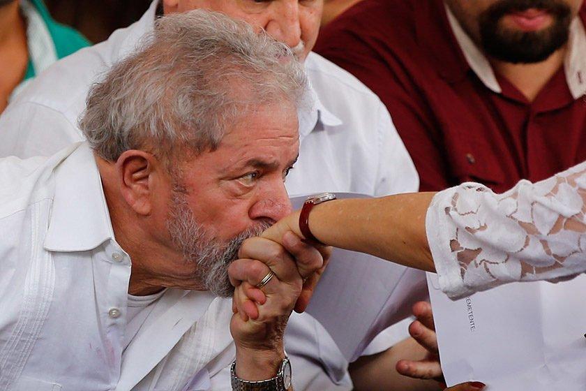 Ministro envia ao STF recurso de Lula contra prisão
