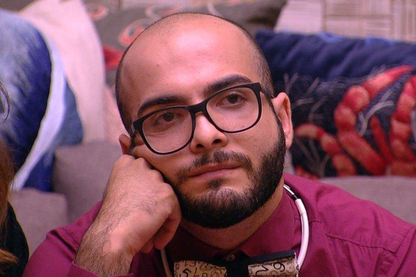 BBB18: Mahmoud é detonado após atacar perfil oficial de Jéssica na web