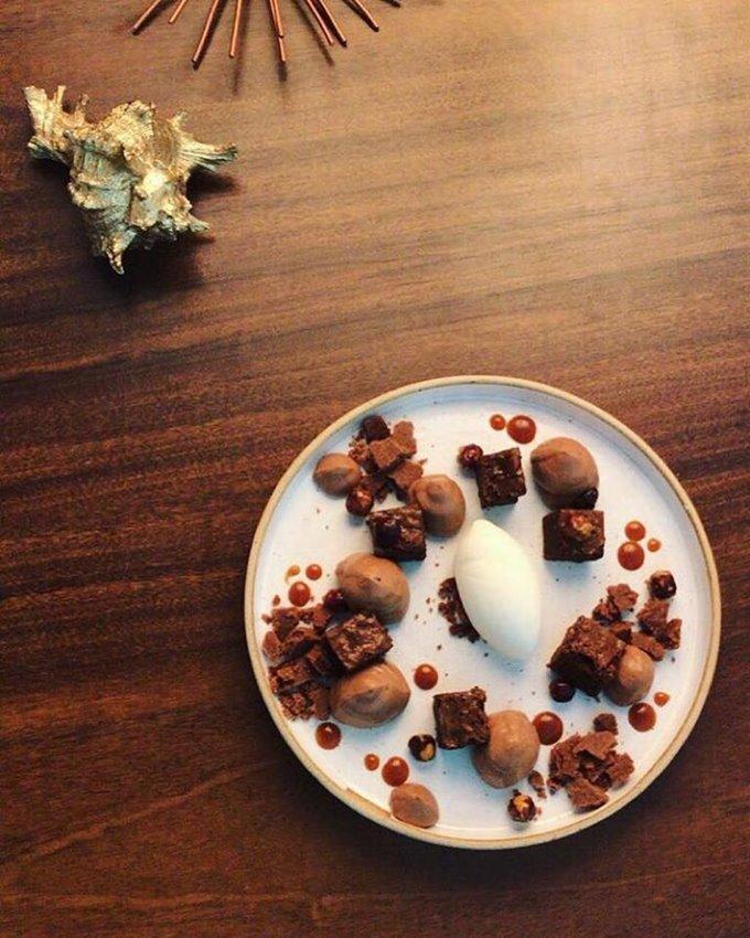 Brownie, caramelo e sorvete_Restaurante Ouriço_Raimundo_Sampaio