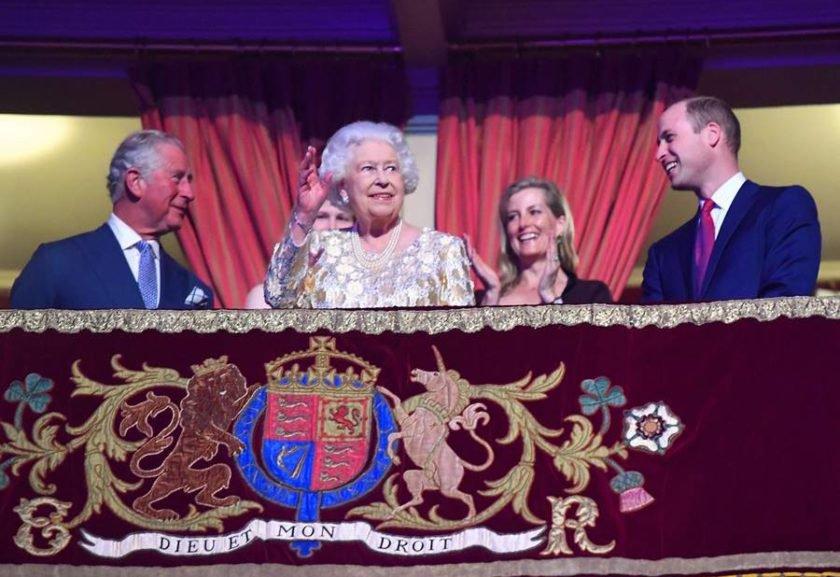 Rainha Elizabeth II comemora 92 anos