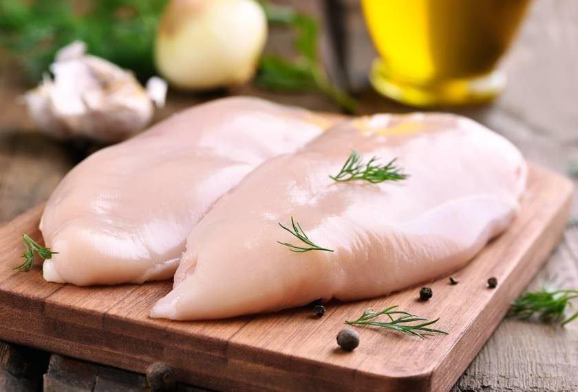 Anvisa proíbe venda de lote de frango desfiado contaminado