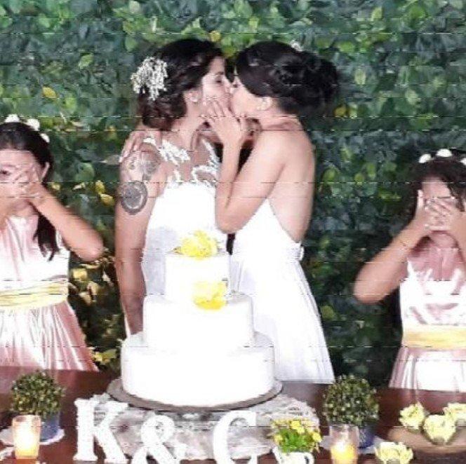 Screenshot 2420 - Bailarina do Faustão se casa com namorada sob bênção de pastor gay