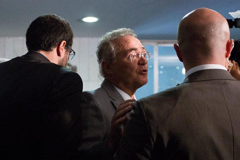 PGR pede prorrogação de inquérito contra 5 congressistas