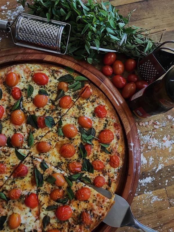 Foto 11 - Pizza