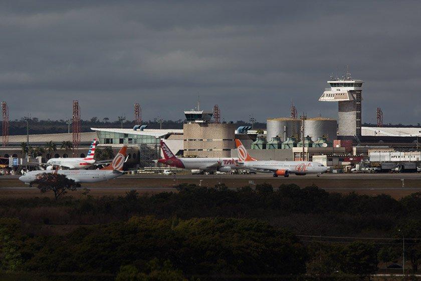 80f9ec711 TCU dá sinal verde para conceder 12 aeroportos, mas leilão só em 2019
