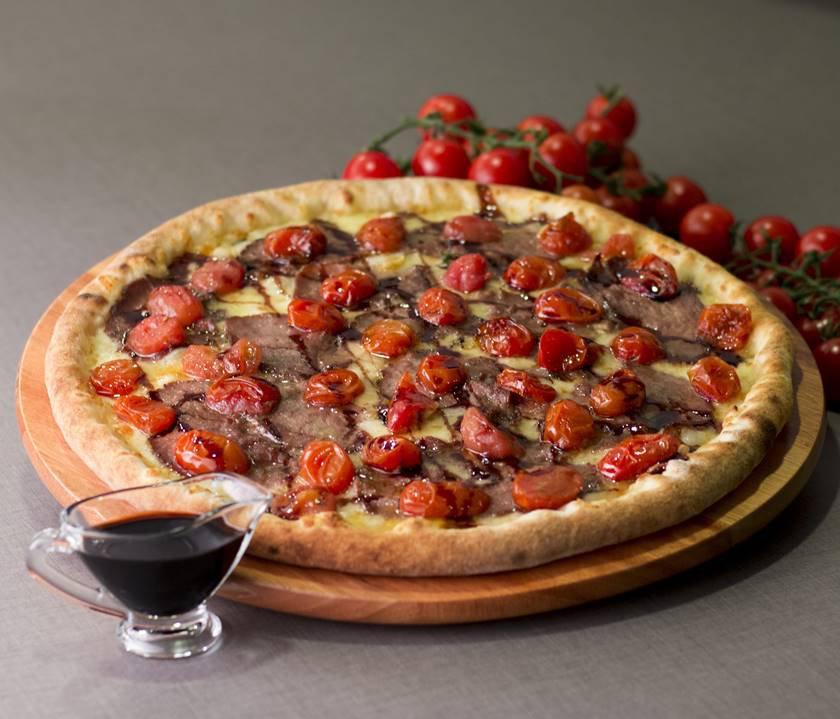 Foto 2 - Preferida da Chef, com rosbife e tomate confitado