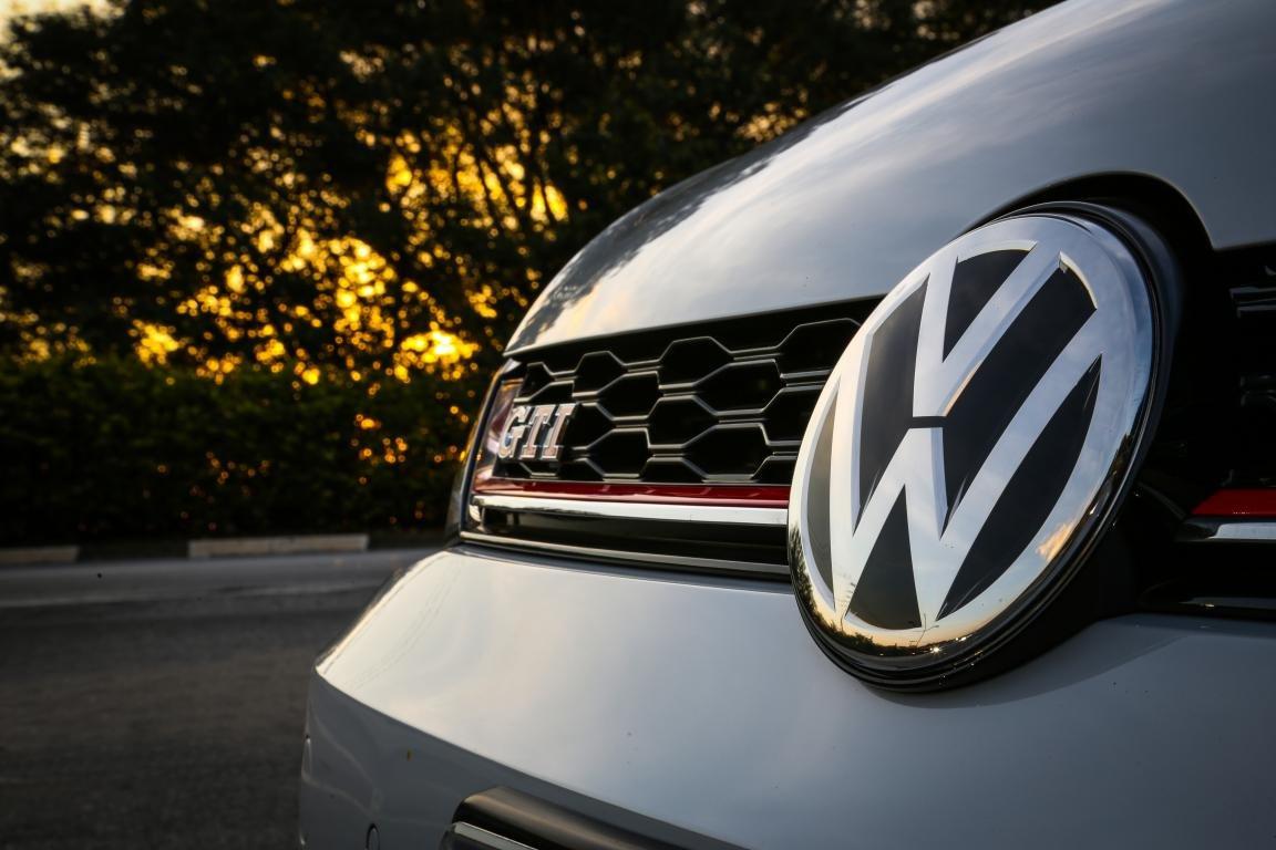 Volkswagen Golf GTI (9)