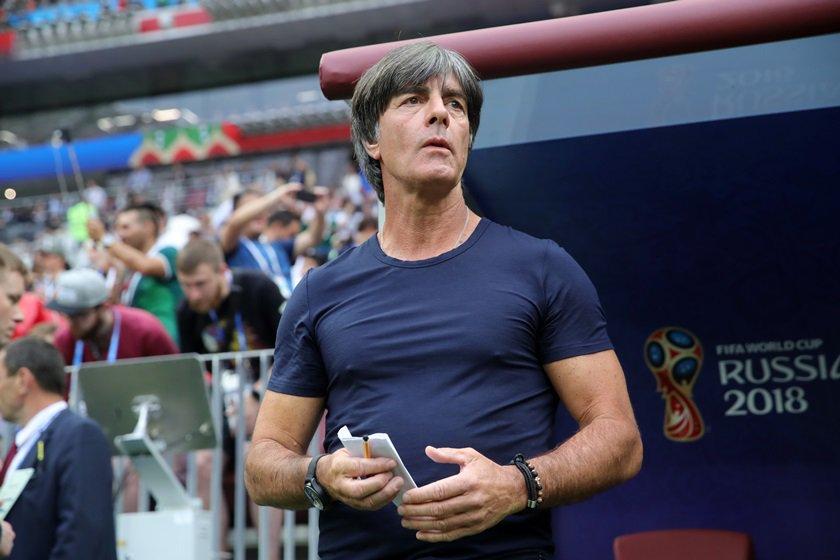 Alemanha anuncia permanência de técnico na seleção após vexame na Copa 25bb23b2d3962