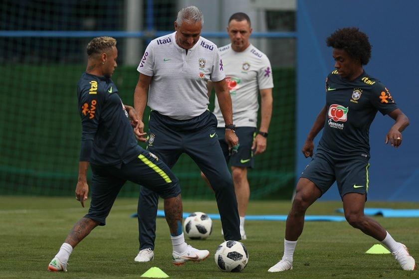 Copa  Brasil treina com Neymar e titulares confirmados para 2ª rodada fe602bd2b8292