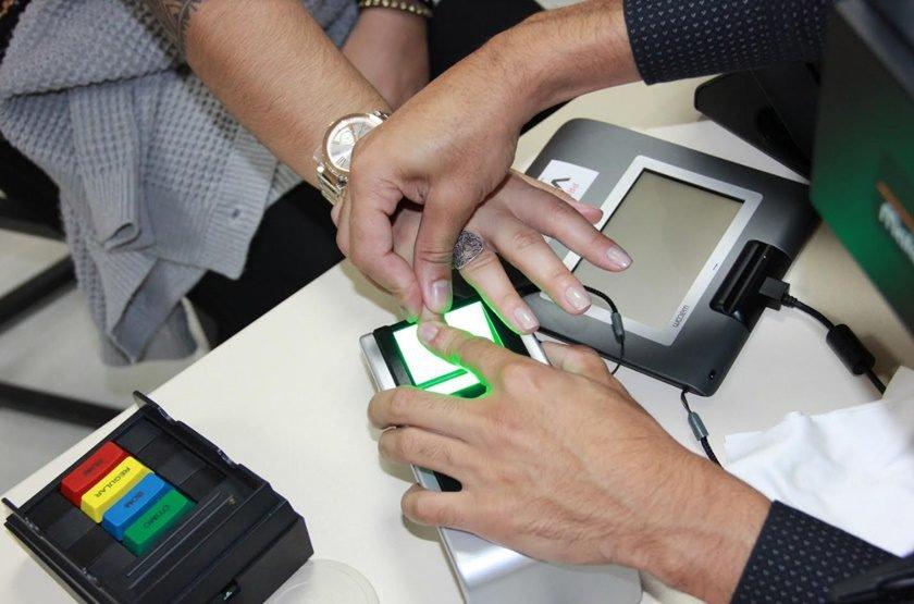 Resultado de imagem para STF mantém cancelamento de títulos sem biometria