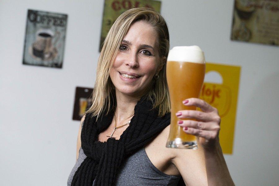 Perfil da Patrícia, uma brasiliense que faz cerveja na Chapada dos Veadeiros