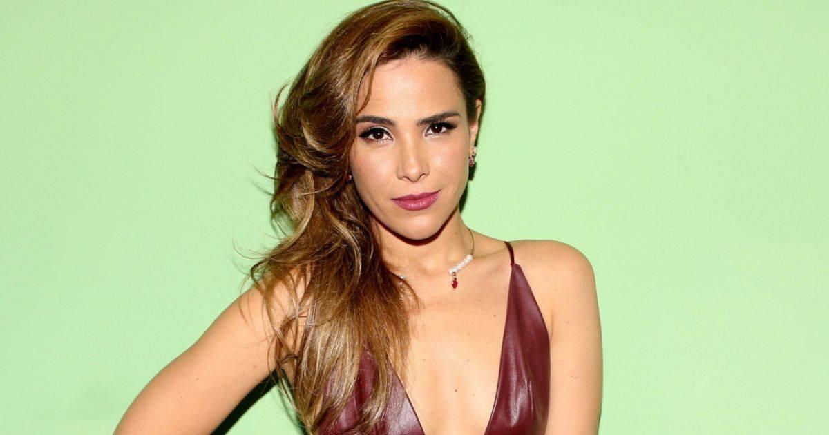 redWanessa Camargo
