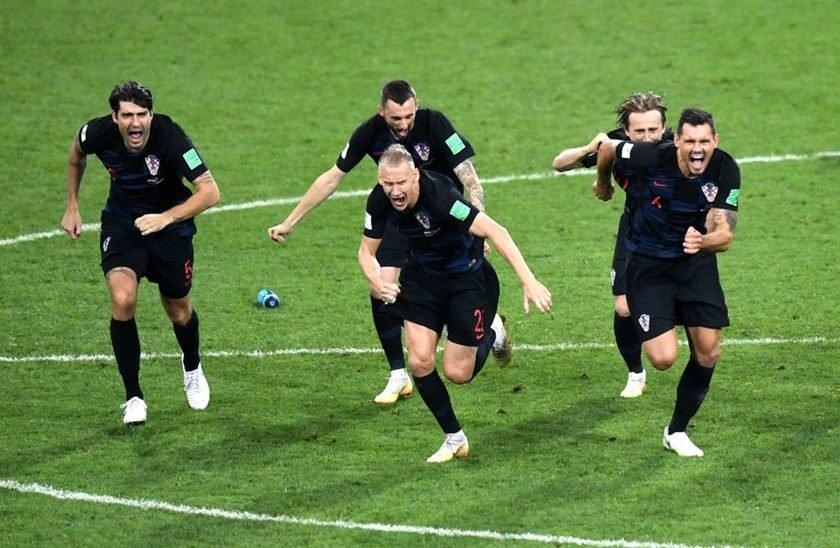 Resultado de imagem para Na prorrogação, Croácia vence Inglaterra e chega à decisão