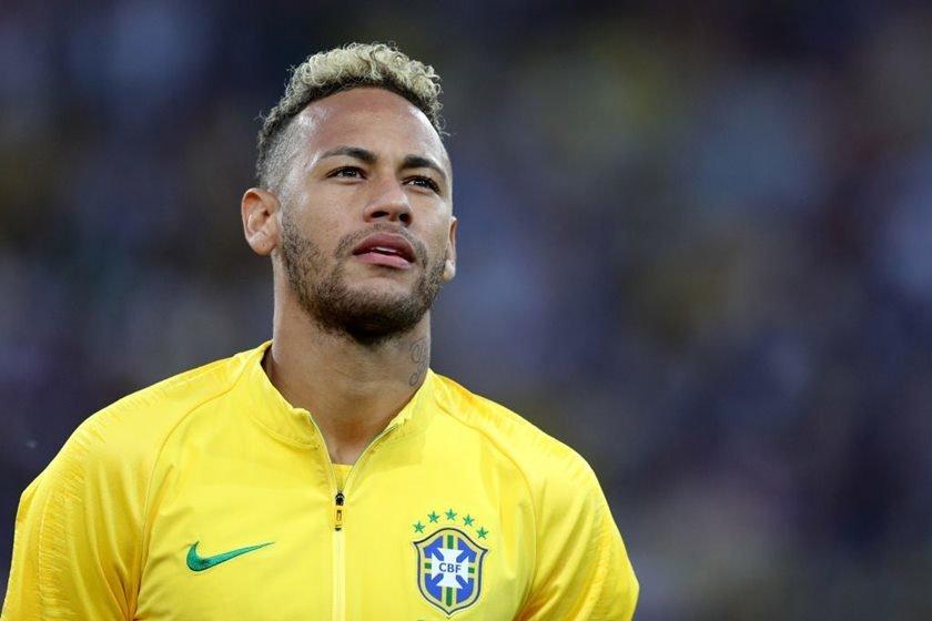 Neymar est fora da lista dos 10 melhores jogadores do ano da fifa brasileiro se envolveu em polmicas e no teve boa performance nomes dos trs finalistas e do vencedor sero divulgados em setembro stopboris Image collections