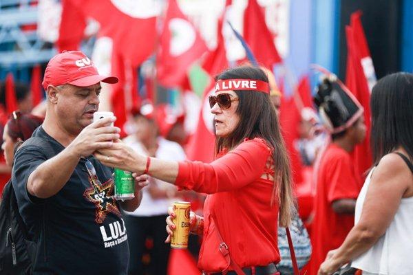 Manifestação pró-Lula (3)