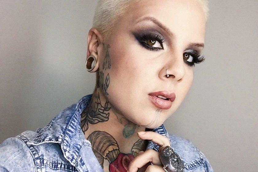 Em Alta Tatuagem No Rosto Divide Opinião De Profissionais E