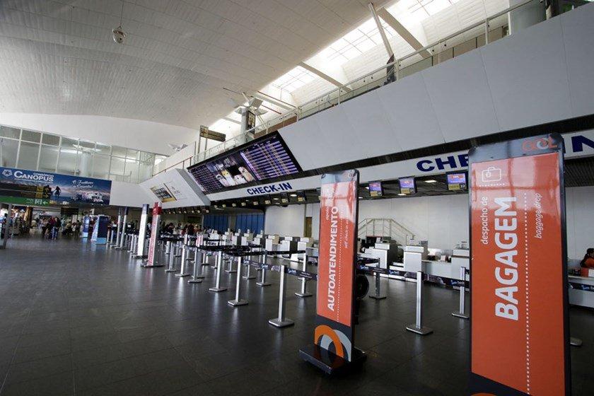 5d5c57f60 Edital de aeroportos sai dia 29/11, diz ministro dos Transportes